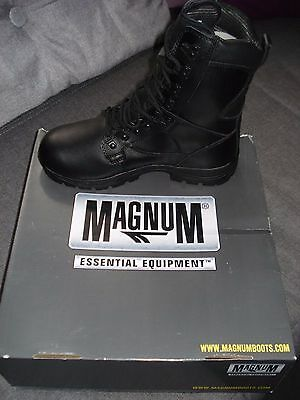 Chaussures homme MAGNUM Neuves ! pointure 41  cuir (France)