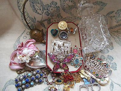 Vintage costume jewellery brooch/necklace/rings mouse ring keep/crystal bottle