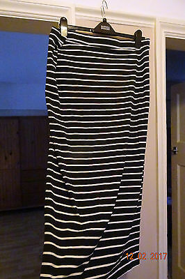 Marks & Spencer Black/white Stretch Maternity Skirt Sze 10 & 12 Clearance