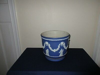 Antique Wedgwood Pottery England Porcelain Large Blue Jasperware Jardiniere Vase