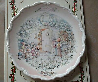 Royal Albert  The Wind In The Willows Plate The Carol Singers