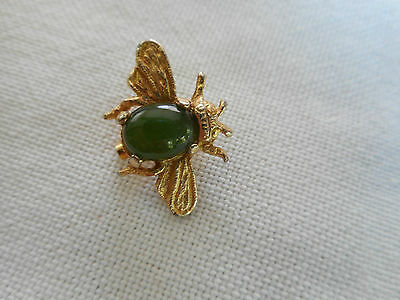 Vintage goldtone Jade jelly belly fly bee insect little brooch