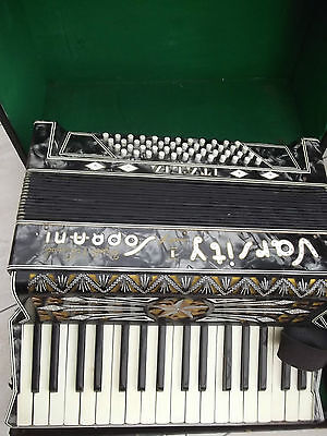 PIANO ACCORDION - IN HARD CASE spares or repair.