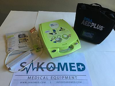 ZOLL AED PLUS AED with Stat Pads, NEW Battery and Soft case /TESTED