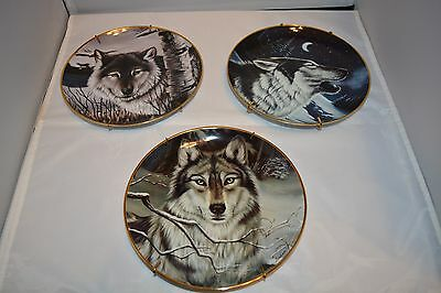 FRANKLIN MINT - WOLF PLATES x 3 - CASSANDRA GRAHAM numbered plates
