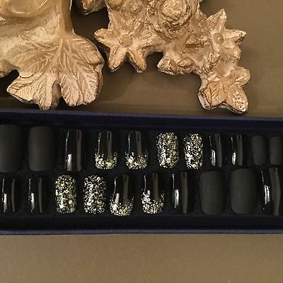 24 Beautiful Hand Painted Press Or Glue On Nails  (Glue Included)