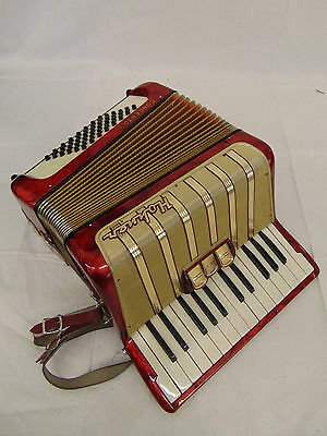 VERY NICE Hohner Concerto I Accordion 48 bass