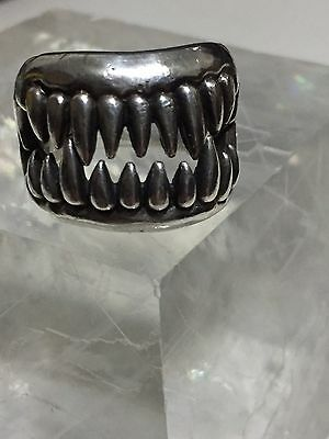 Fang ring hinged jaw sterling silver size 6.5