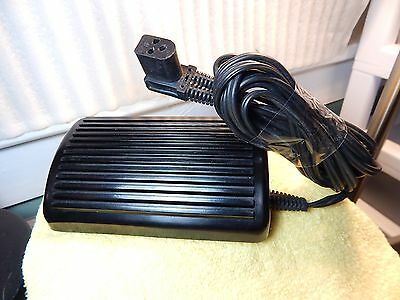 Vtg.Singer Sewing Machine #979314-031 Foot Pedal Control w/ 3 Prong Power Cord