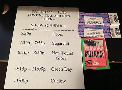 GREEN DAY  STAGE USED BANDS SCHEDULE  BACKSTAGE TOUR PASS & 2 Tickets  RARE!!!!!