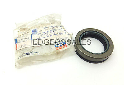 "New Holland ""10 & TW Series"" Tractor Front Axle Seal - 83959483"