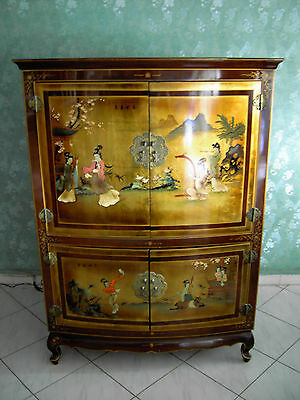 Meuble armoire laqué style chinois / Contemporary Chinese Style Furniture