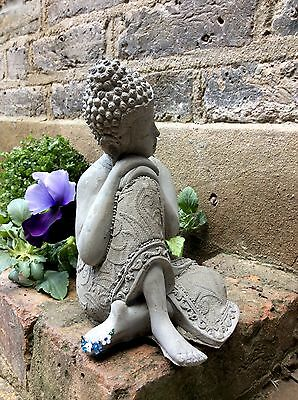Beautifully Detailed Kneeling Buddhas Statue For The Home Or Garden. From Sius