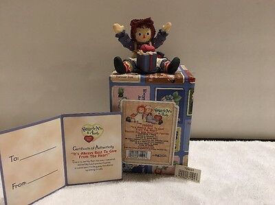 "Enesco Raggedy Ann #709093 ""It's Always Best To Give From The Heart"""