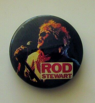ROD STEWART VINTAGE METAL BUTTON BADGE FROM THE 1980's SAILING MAGGIE MAY