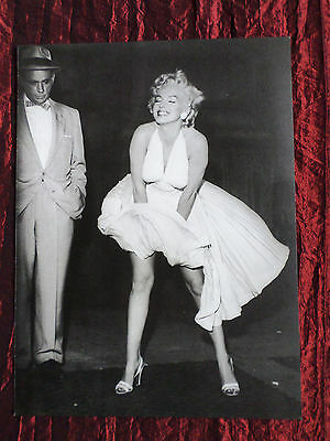 """Marilyn Monroe - Film Star - 1 Page Picture -"""" Clipping / Cutting""""-#40"""