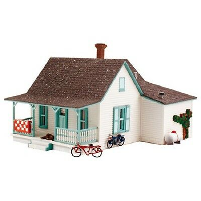 Woodland Scenics [WOO] Country Cottage N Scale Kit PF5206 WOOPF5206