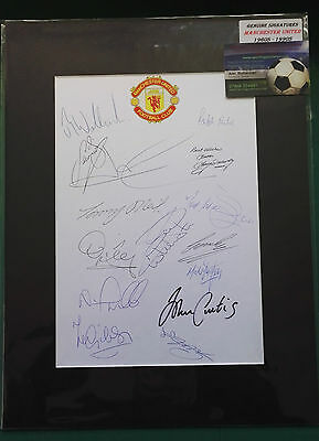 1960's - 1990's MANCHESTER UNITED FOOTBALLERS SIGNED DISPLAY x 15 LEGENDS - RARE
