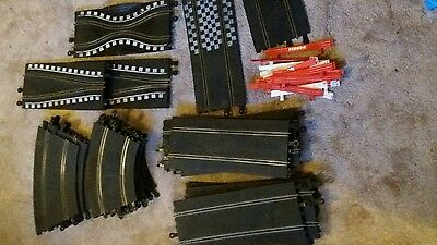 Scalextric Vintage Classic 27 Track pieces, 16 barriers