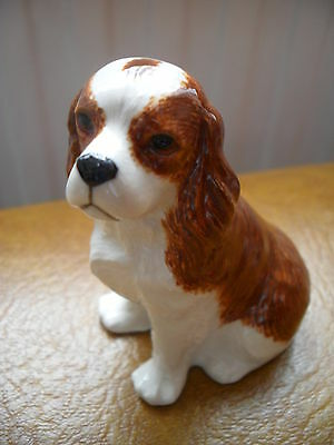 Lovely Figurine Of The Cavalier King Charles Spaniel Dog By Quail Pottery