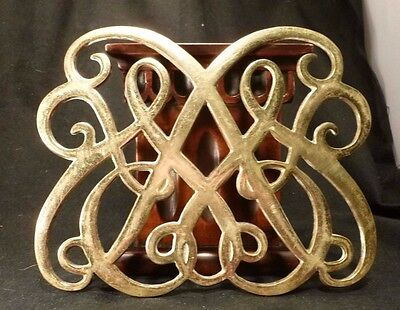 Vintage Brass COLONIAL WILLIAMSBURG Queen Anne TRIVET Virginia Metalcrafters