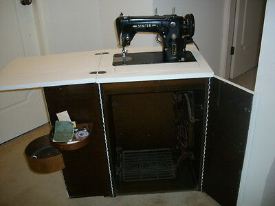 Vintage Singer Sewing Machine 306K  with extras