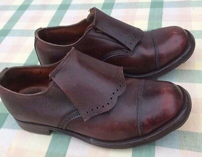 Traditional, leather. handmade hunting / hill walking shoes. size 9.