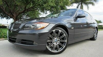 2006 BMW 3-Series 4Dr 2006 BMW 330 I, XENON, ANGEL EYES, CD/AUX, LEATHER SEATS, SUNROOF, STUNNING!!!