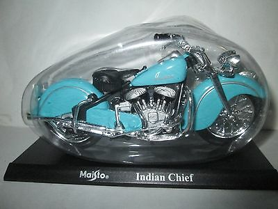 Indian Chief  Maisto 1-18 Scale Motorcycle Model On Stand