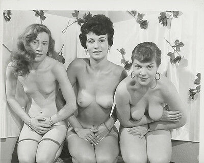Vintage Nude Photo Original 1950's Three Busty Mature Women Risque Pinup AH3.34