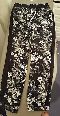 F & F Black & White Floral Harem Style Trousers Age 7-8Yrs Excellent Condition