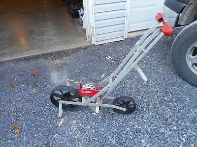 Vintage Scott Sons Hand Operated Zephyr Garden Seeder 2500