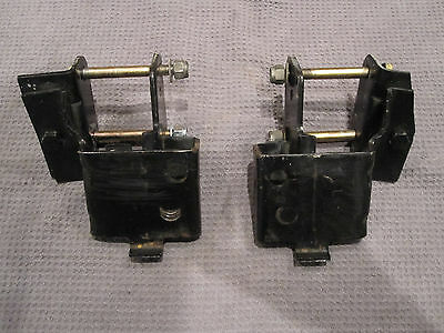 1966-67-68-69-70- Ford Mustang-V8-Engine-Frame-Mounting-Brackets-Small-Block