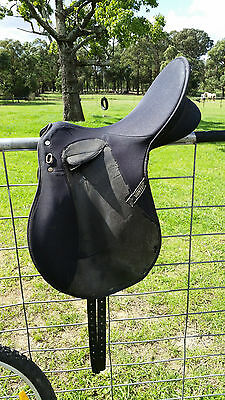 17 inch old style wintec all purpose saddle
