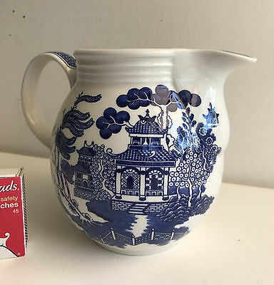 large jug 13 cms high churchill Willow england blue & white