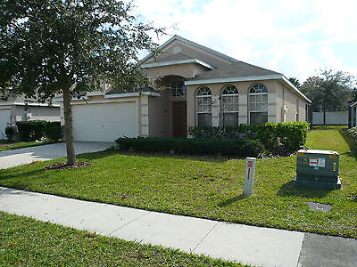 Superior 4 Bedroom Villa near Disney Orlando Florida *large south facing pool*