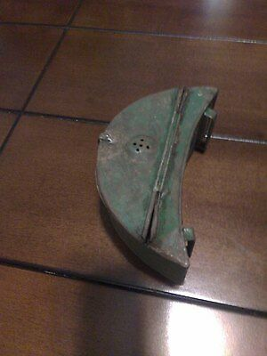 Vintage old fishing Bait Worm Box Green Metal Belt Can, cool usable tackle STEEL