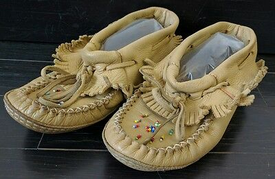 Womens Handmade Leather Beaded Moccasins 7 Canada  Shoes Native American