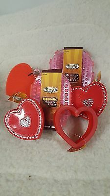 Tough-1 6 Pc Pink/Red Heart Grooming Kit