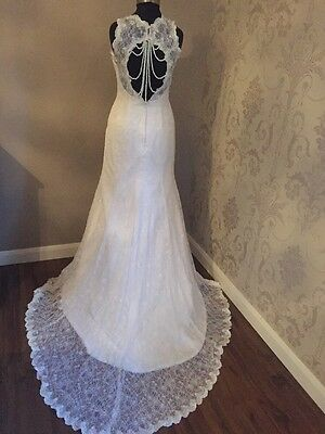 NEW STUNNING Size 8-10 Vintage Inspired Pearl Back White Lace Wedding Dress