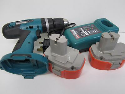 Makita 18v battery drill with charger and two batterys