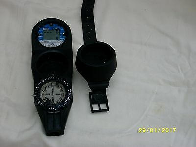 SCUBA DIVING COMPASS  &  DIVE TIMER  in 3 HOLE CONSOLE