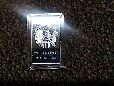 1 troy ounce .999 Fine Silver Clad Bar. This is a Silver Plated bar