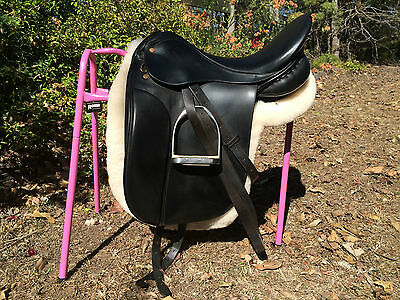 Mal Byrne Black Dressage Saddle 17""