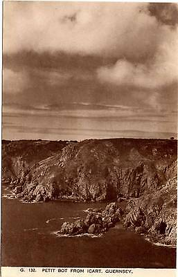 Petit Bot From Icart - Guernsey - Channel Islands - Old Postcard 1952