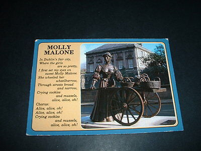 Irish  Postcard Molly Malone Dublin   D30