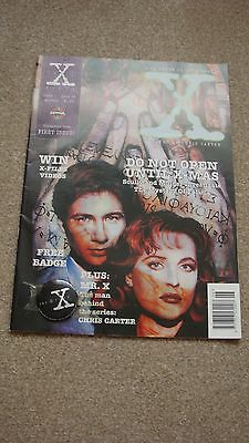 Rare and Hard to Find The X-Files Magazine First Issue with Badge June 1995