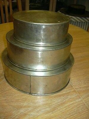 Set Of 3 Oval Cake Tins