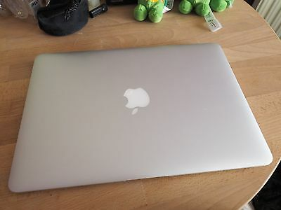 Apple Macbook Air 13' A1466 i7 2.2/4G/256G Early2015 USED