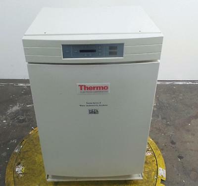 Thermo Electron 3120 Series II Lab Water Jacketed CO2 Incubator Oven